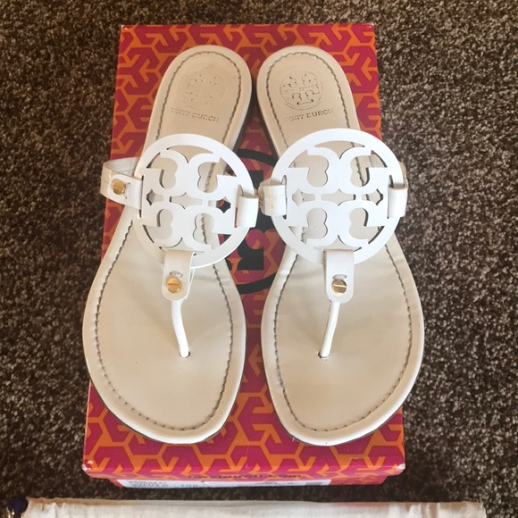 eb034faeaa3e2f 💯Authentic Tory Burch Miller Thong. M 5a84634e05f43061660bb059. Other  Shoes you may like. Tory Burch Monroe flip flop